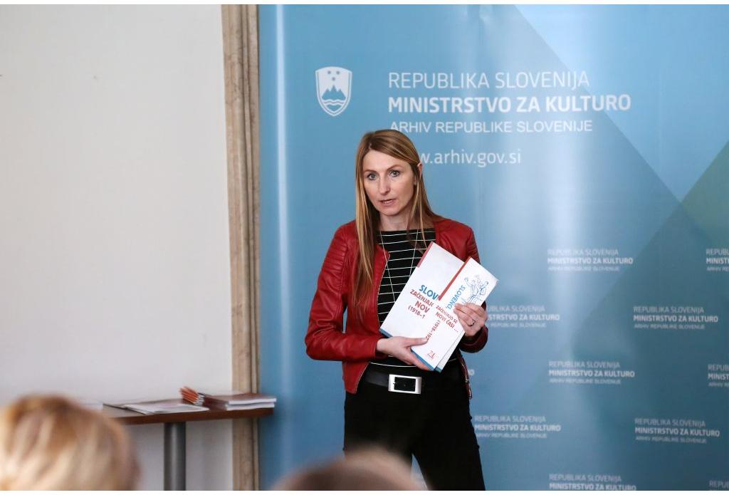 Arhivsko društvo Slovenije, Fototeka-b